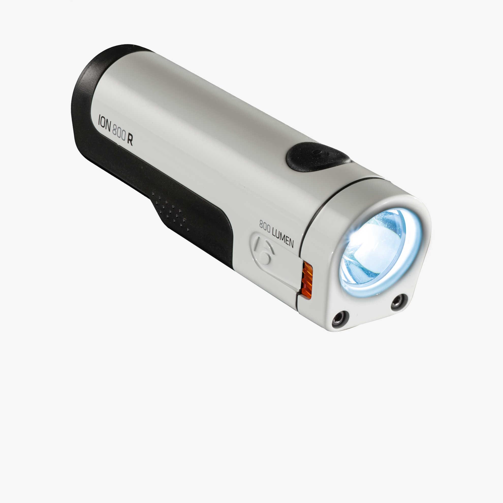 イオン 800R ライト単体画像