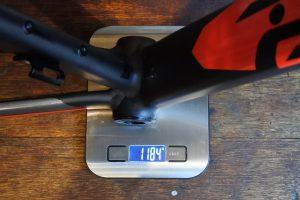 フレーム重量
