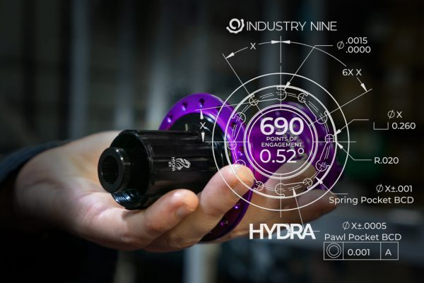 HYDRA_Hub_in_hand-purple_CAD_POE1-1080x721
